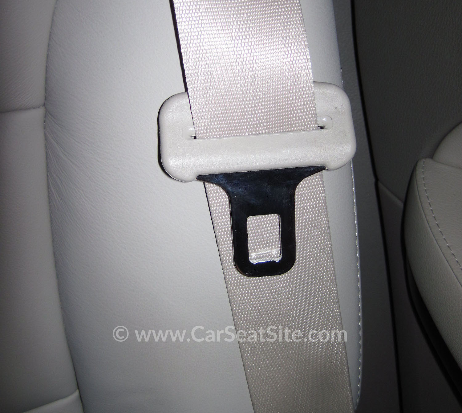 Locking Clip The Metal H Shaped That Comes With Some Carseats It Is Used To Keep Lap Portion Of A Shoulder Belt Tight On Carseat